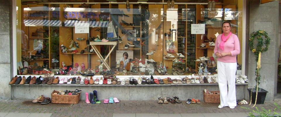 Schuhgeschaeft-Huepgen-Aachen-Brutscheid-Schaufenster